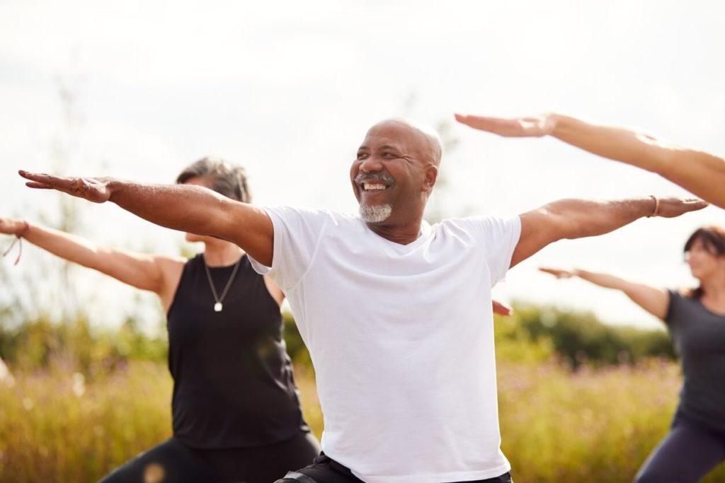 Comment lutter contre l'andropause grâce au yoga ?