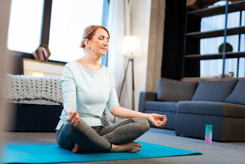 La méditation pour bien vieillir psychologiquement