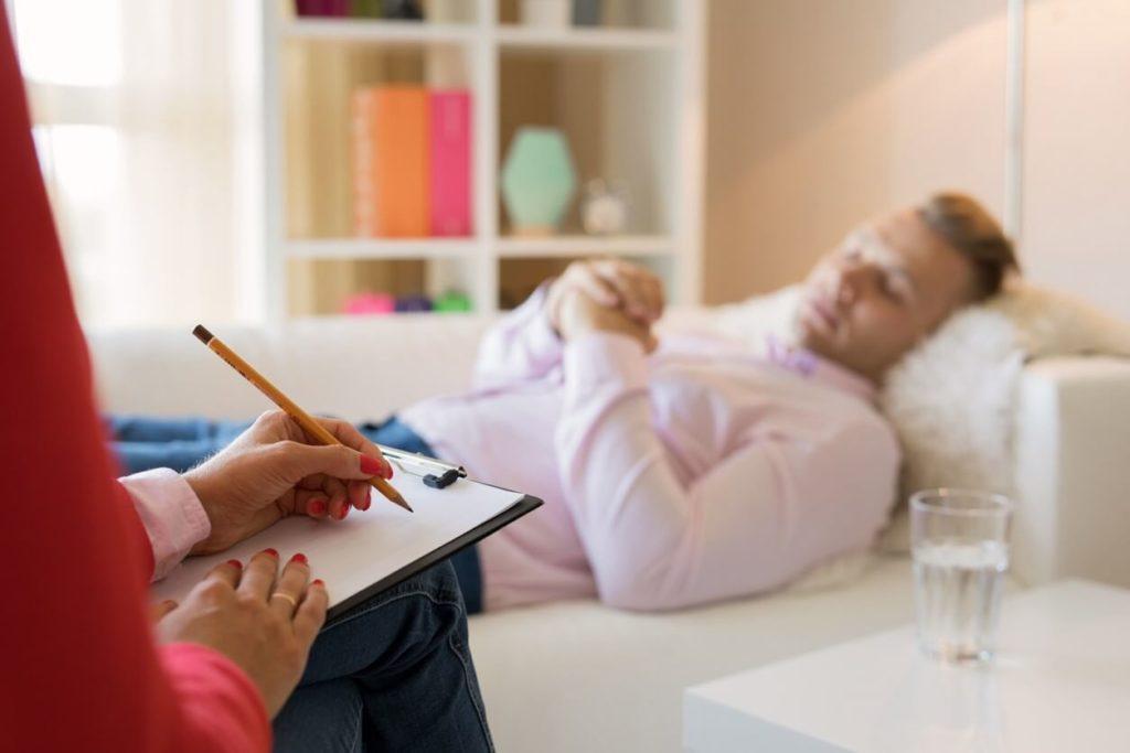 Relaxation et autohypnose pour améliorer le sommeil